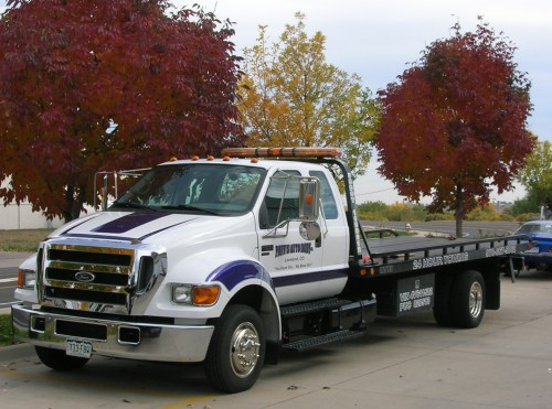 small resolution of file ford f650 flatbed jpg