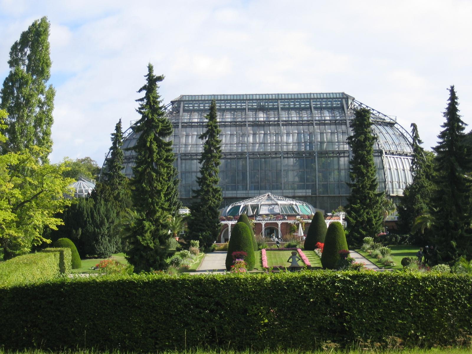 Gorgeous Photos Of The Botanischer Garten Hamburg  Boomsbeat