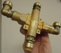 File:Shower project new diverter valve with PEX ...