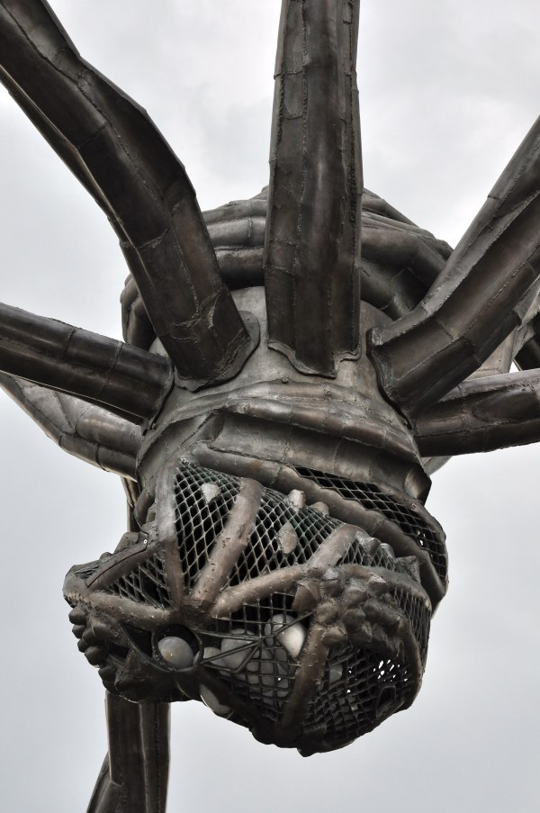 Maman Louise Bourgeois Sculpture