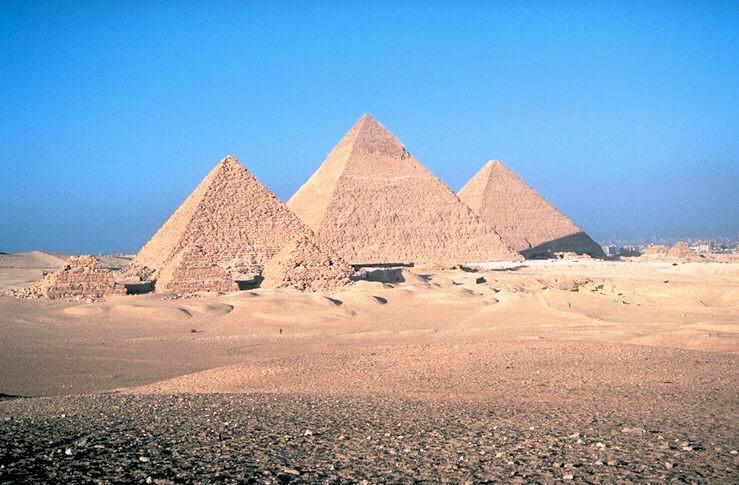Ficheiro:Pyramids of Egypt1.jpg