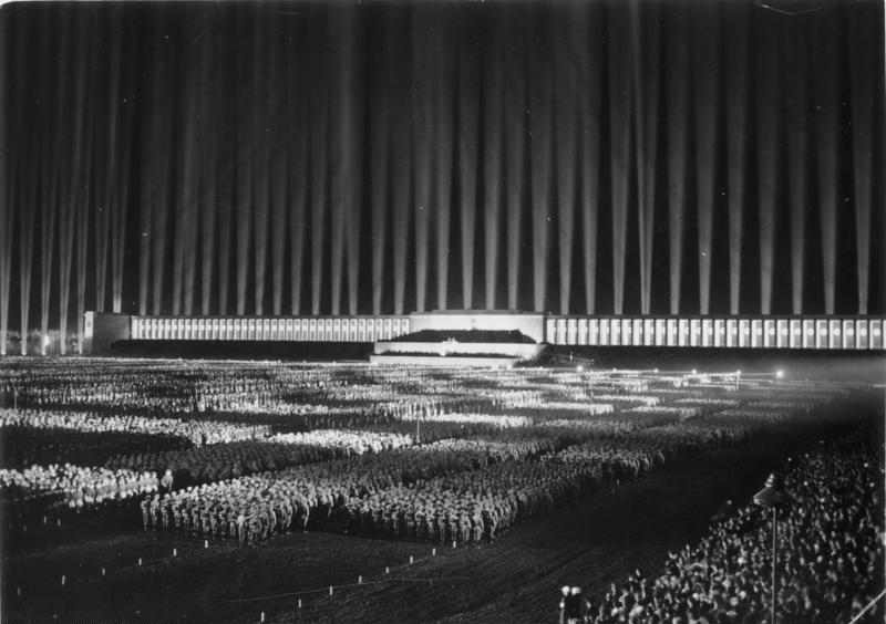 """Cathedral of Light"", presentation at the Nazi Party in 1936."