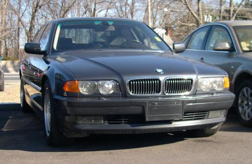small resolution of file 2000 bmw 740i jpg