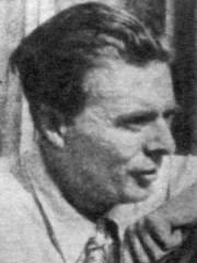 Blurry monochrome head-and-shoulders portrait of Aldous Huxley, facing viewer's right, chin a couple of inches above hand