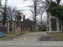 File:Pinecroft, Powel Crosley Mansion.jpg - Wikimedia Commons