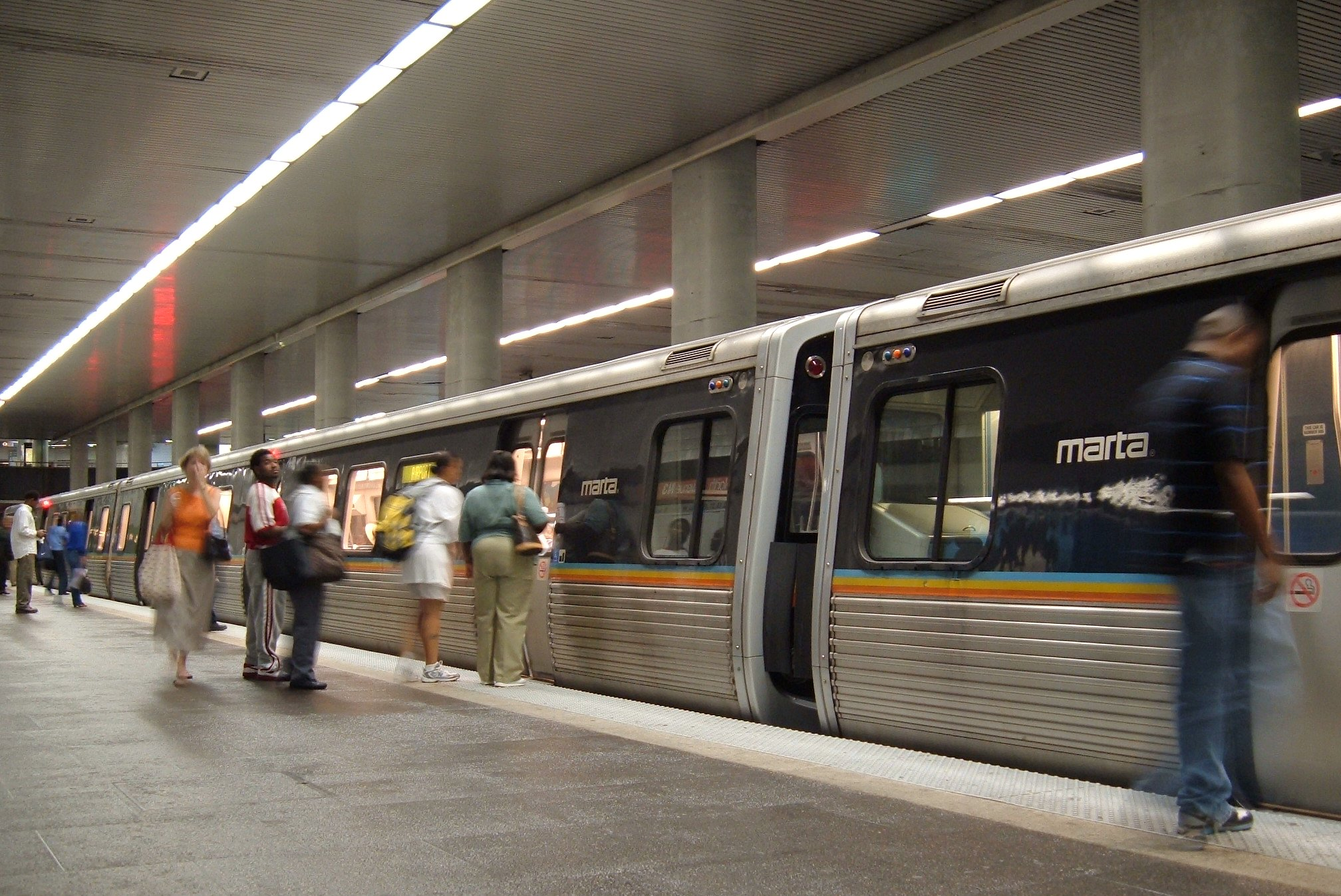 MARTA N3 (North Avenue) station