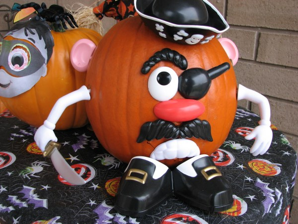 File . Potato Head Pirate Pumpkin 1834810532