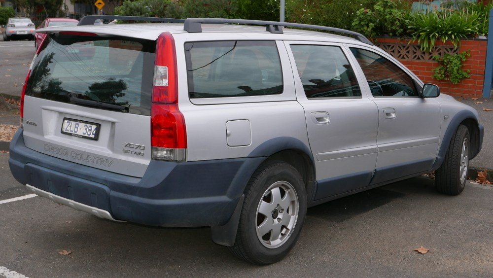 medium resolution of volvo xc70 pre facelift au