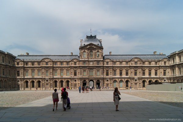 File Cour Carr Louvre Palace - Wikimedia Commons