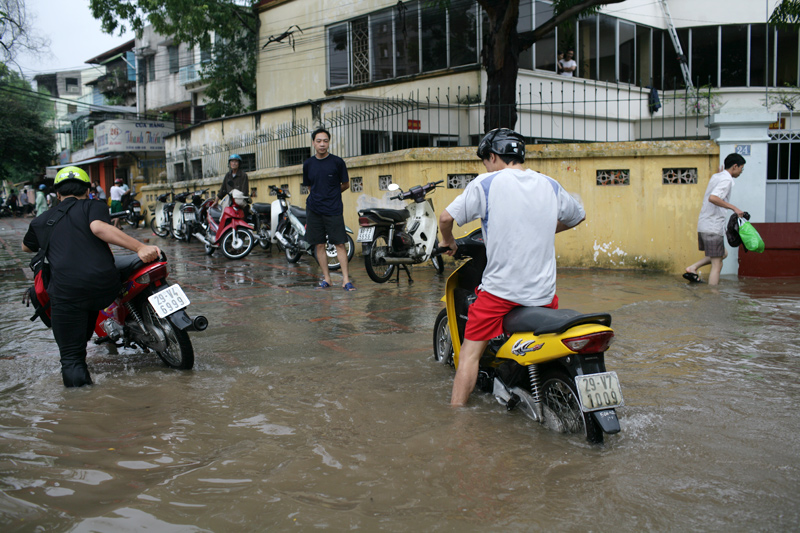 「Hanoi Rain」の画像検索結果