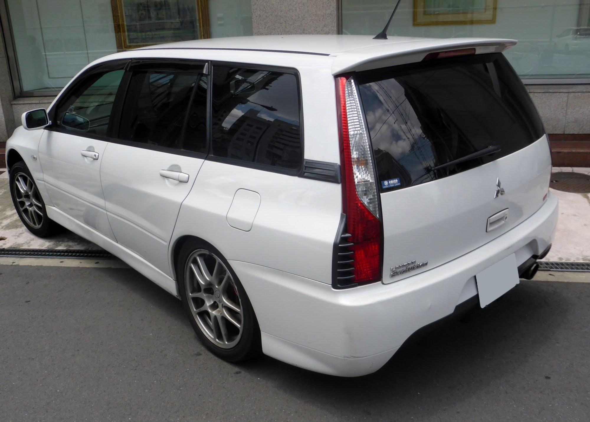 hight resolution of mitsubishi lancer evolution wagon japan