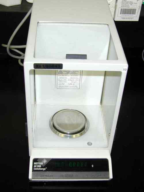 small resolution of  20 the type of balance a chemist might use to measure the mass of an object