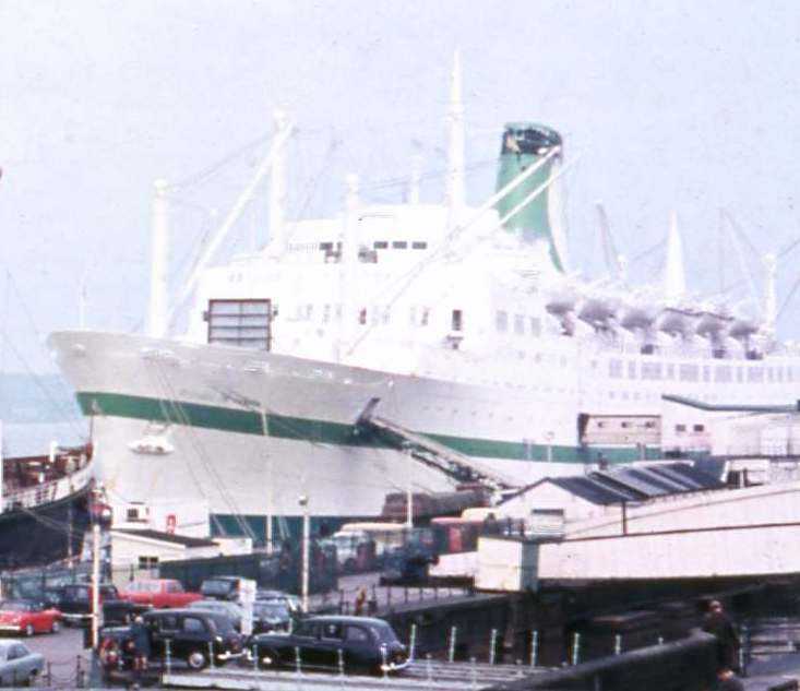 RMS Empress of Canada (1960) - Wikipedia