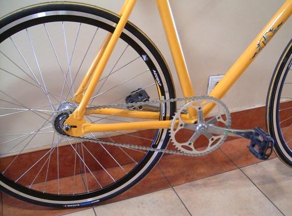 how to clean bike gears