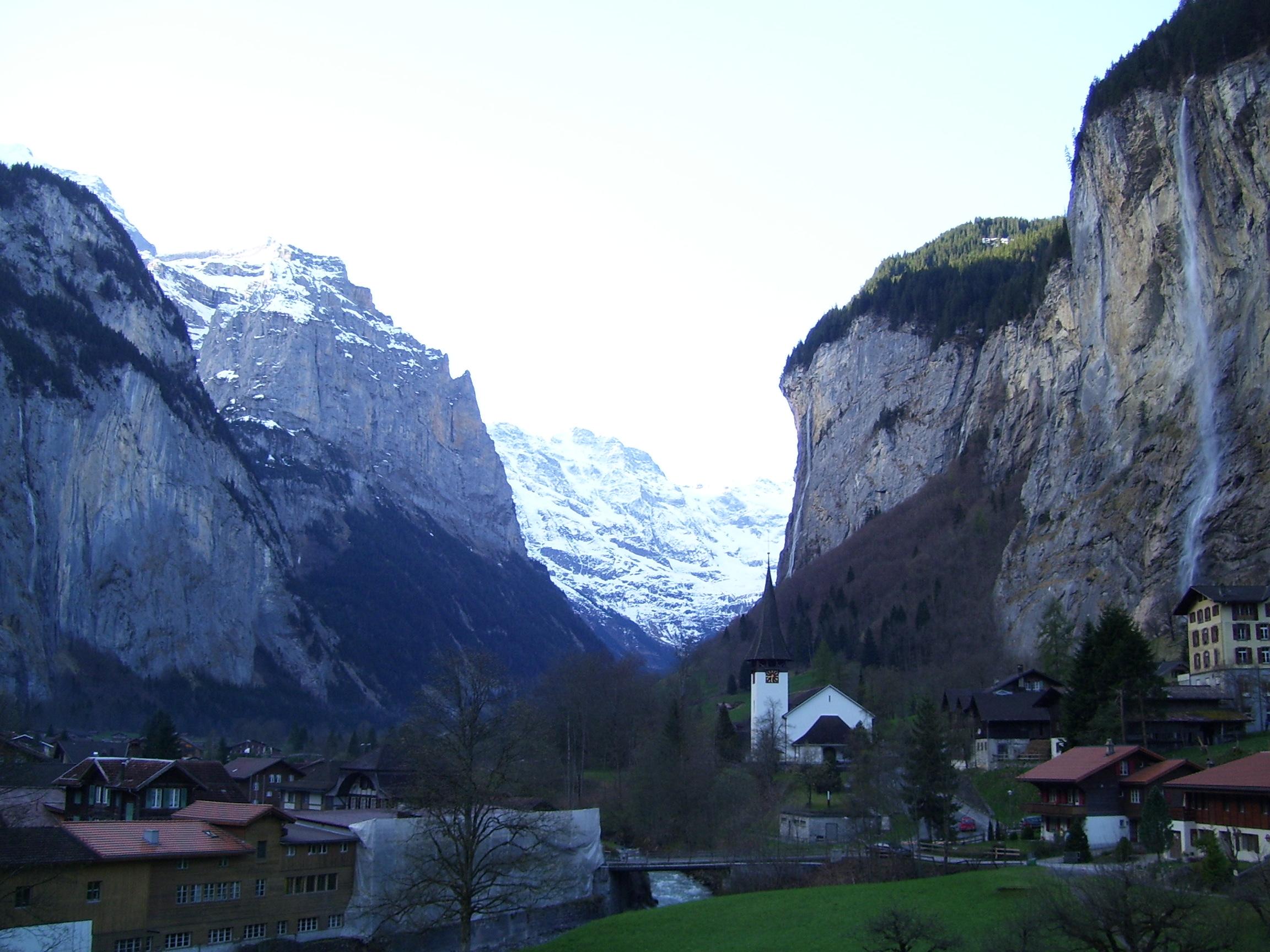 FileJungfrau Amazing Waterfall Swiss Alpsjpg