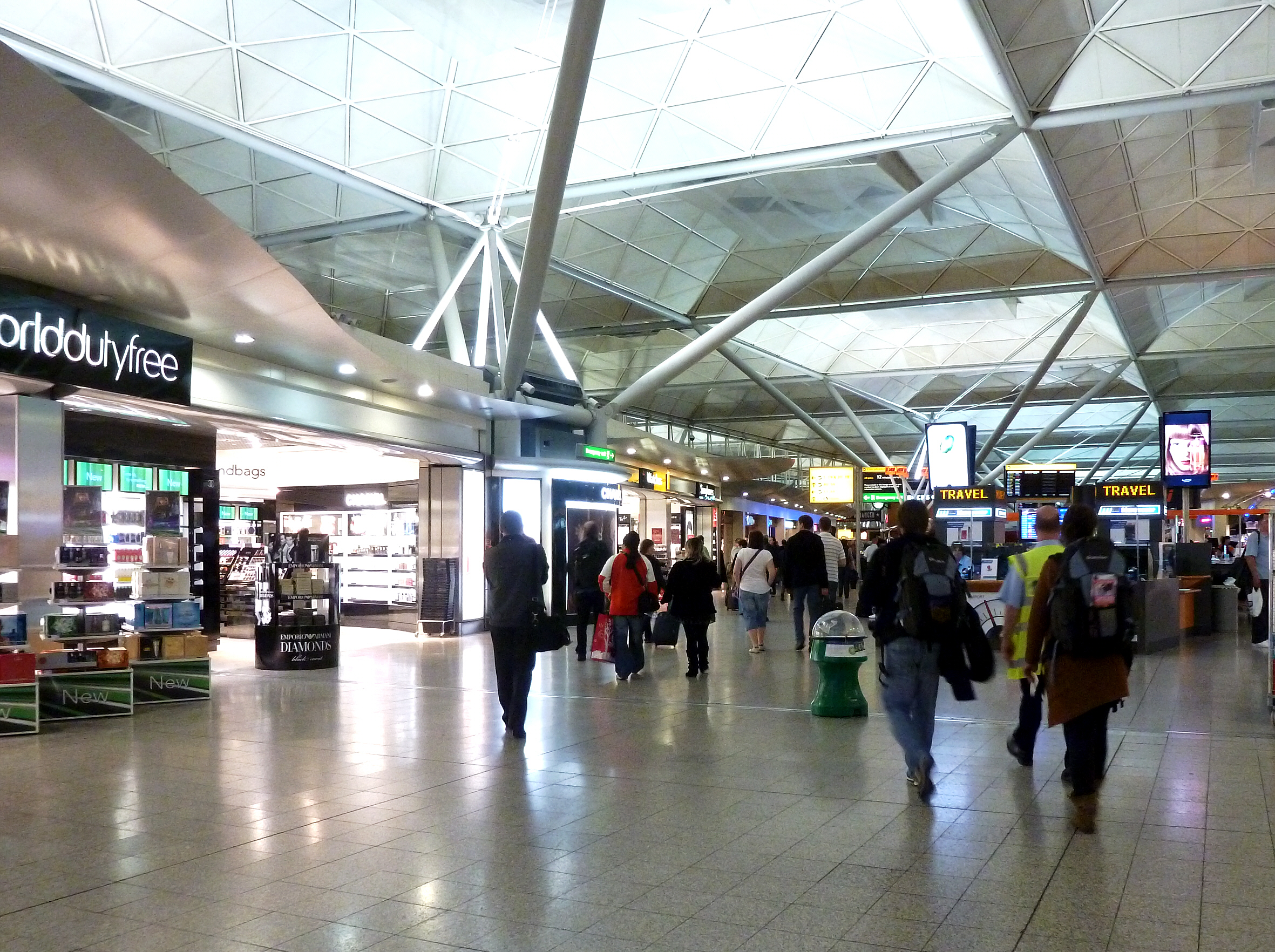 FileLondon Stansted Airport  Duty Free Zonejpg