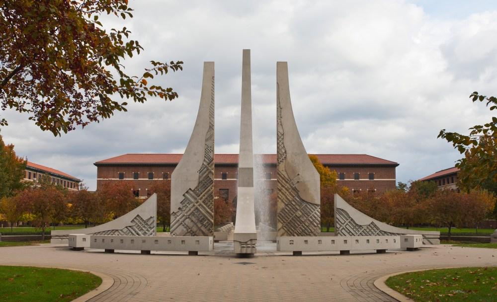 medium resolution of file purdue university west lafayette indiana estados unidos 2012 10 15 dd 19 jpg
