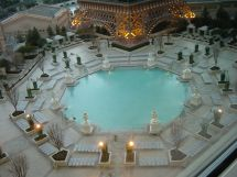 File Swimming Pool Paris Las