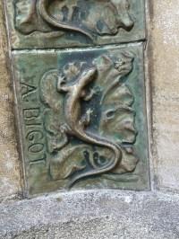 File:Alexandre Bigot ceramic tile detail - 2.jpg ...