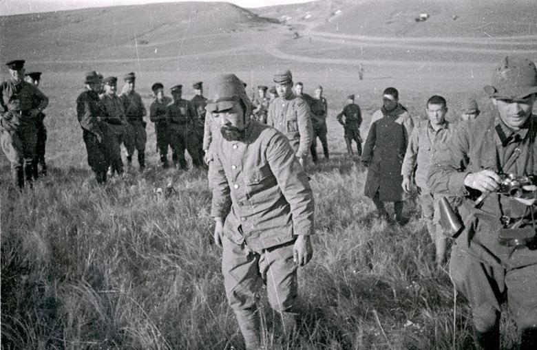 Archivo: soldados japoneses Khalkhin Gol capturadas 1939.jpg
