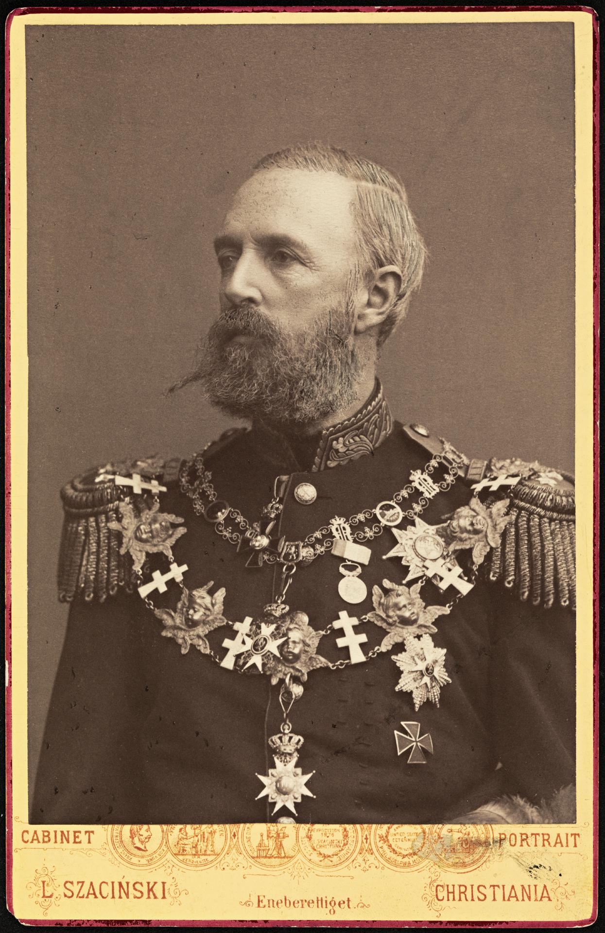 File:Portrett av kong Oscar II, 1883 (6958715581).jpg - Wikimedia Commons