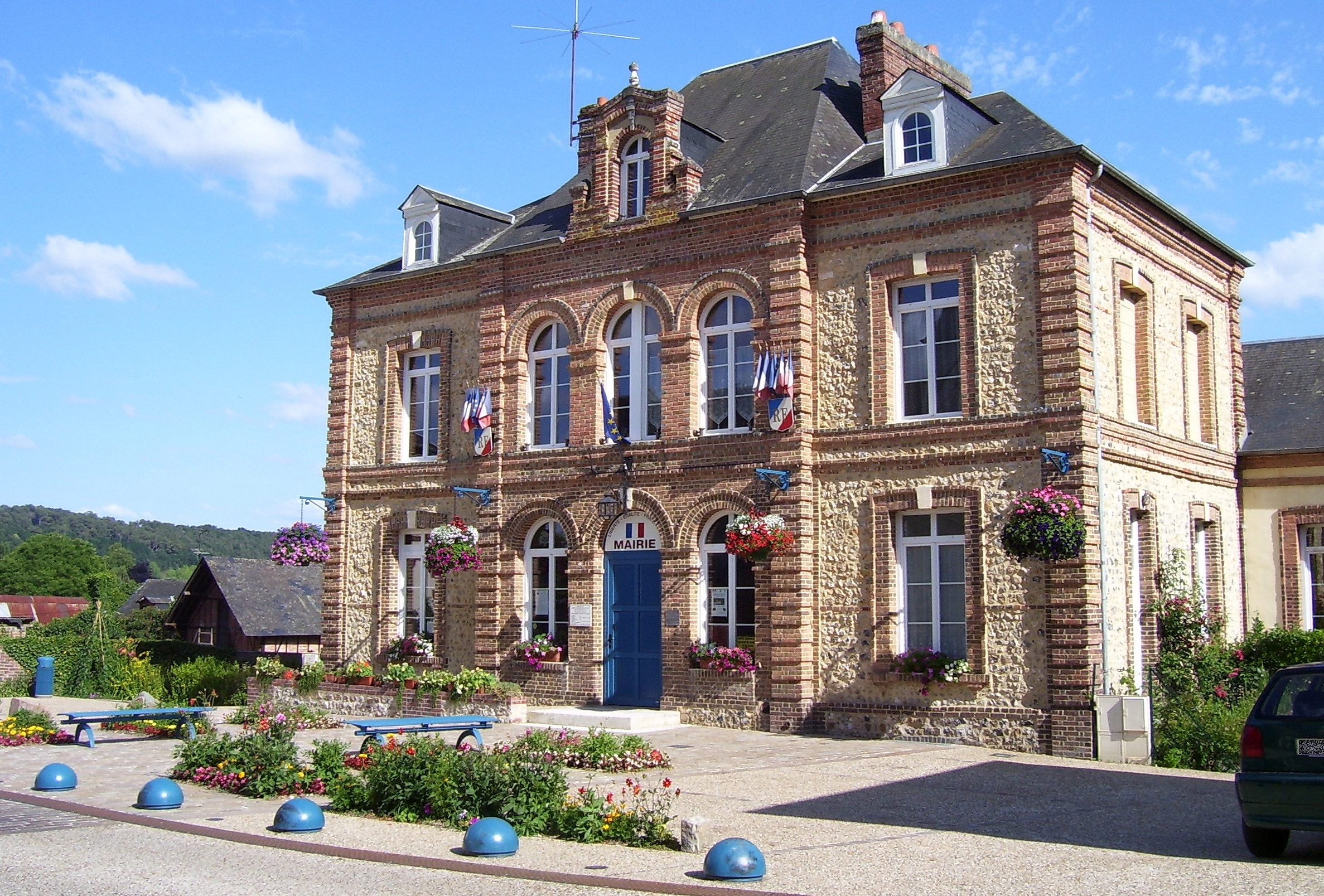 mairie, rathaus, town hall saint-philbert-sur-risle