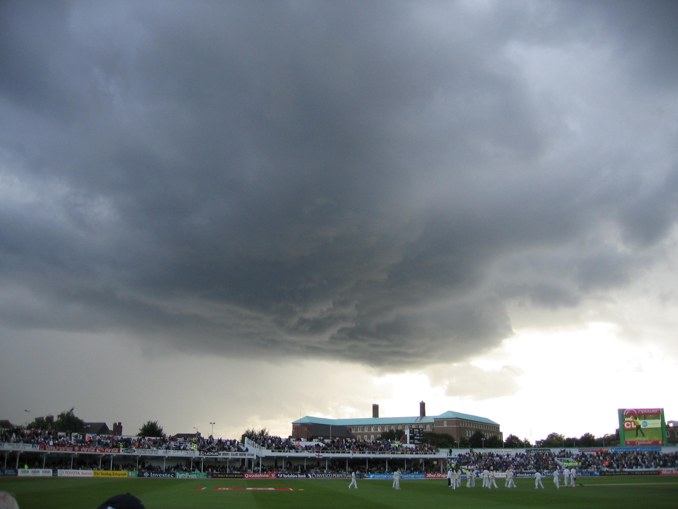 File Trent Bridge Rain Clouds 26 Aug