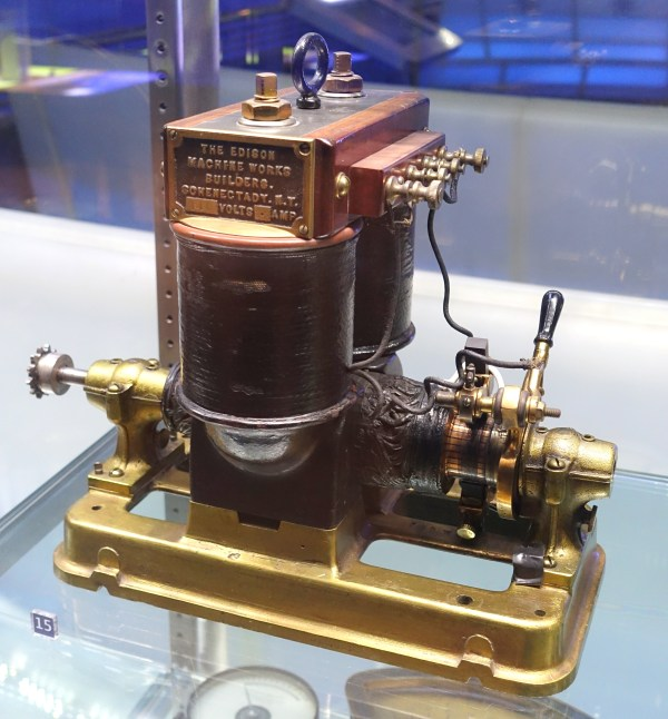 File Edison Dynamo . 1892 - Museum Of Science And