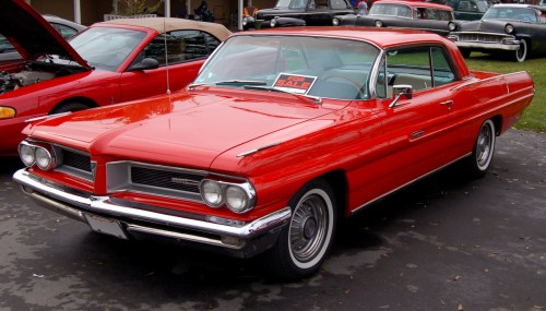 small resolution of file 1962 pontiac grand prix in red jpg