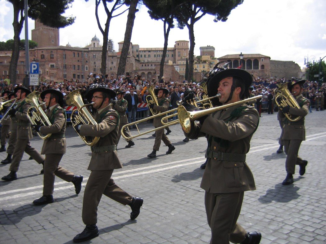 A marching band celebrates the Festa della Repubblica  ©Jollyroger/WikiCommons