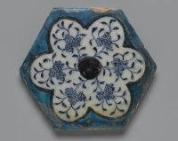 File:Hexagonal Tile, mid 15th century..jpg - Wikipedia