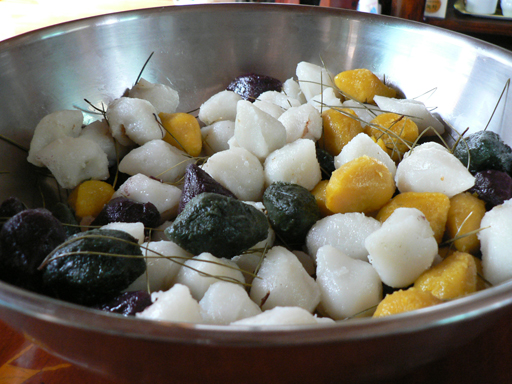 Berkas:Korean rice cake-Songpyeon-01.jpg