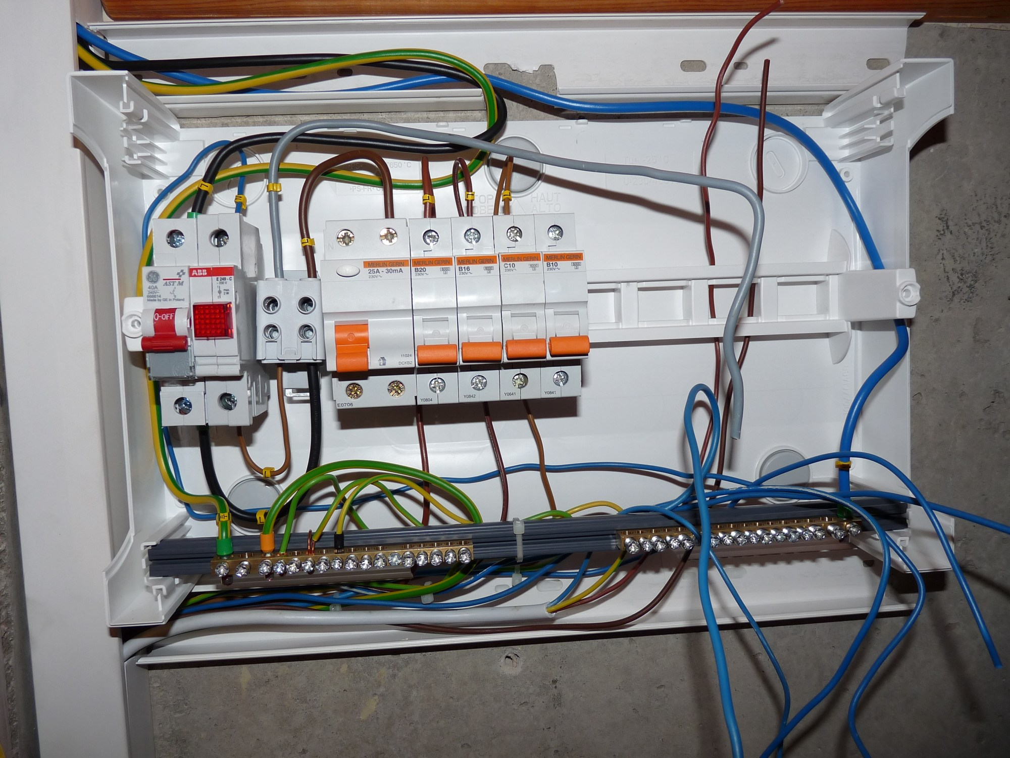 hight resolution of wiring a fuse box