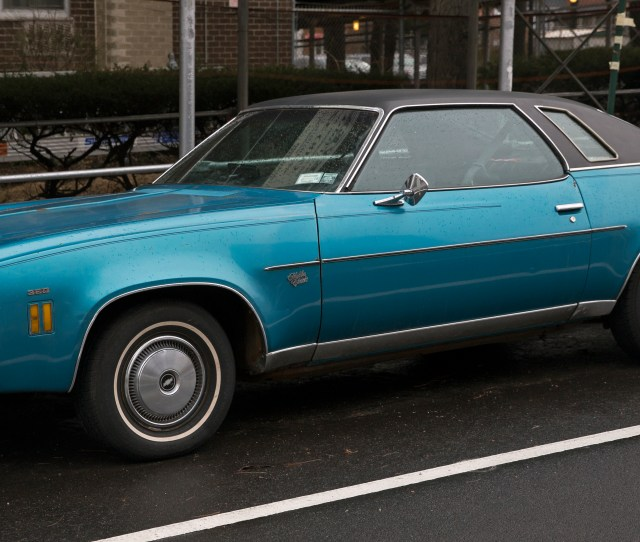 File Chevrolet Chevelle Malibu Classic Two Door Hardtop Front Left Side