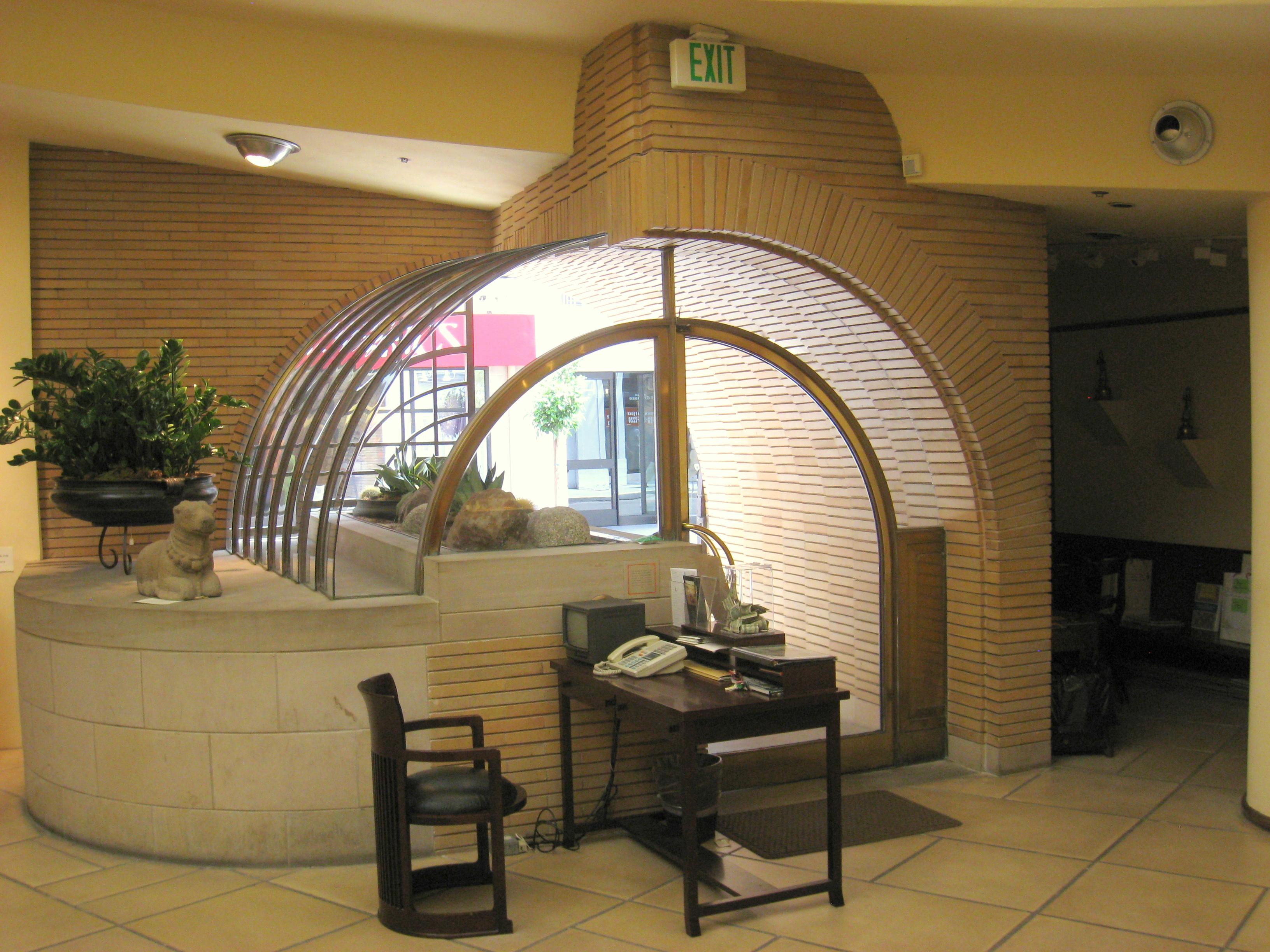 FileFrank Lloyd Wright VC Morris Gift Shop SF 14