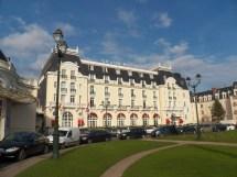 File Grand Hotel - Wikimedia Commons