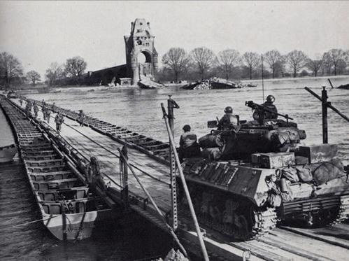small resolution of pontoon bridge