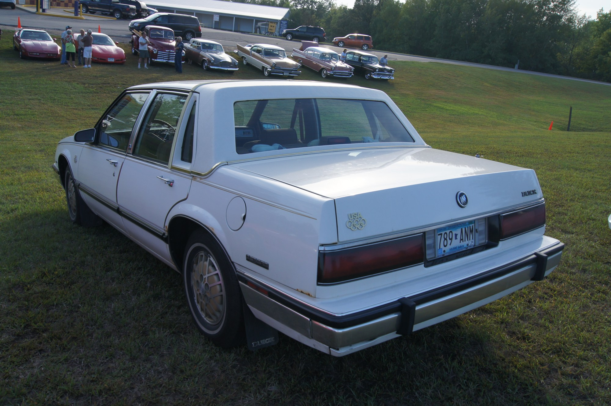 hight resolution of file 1988 buick lesabre olympic edition 9844889023 jpg