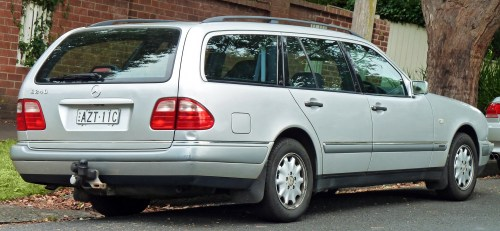 small resolution of file 1997 mercedes benz e 240 s 210 elegance station wagon