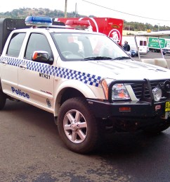 file 2005 holden ra rodeo lt paddy wagon nsw police 5498537804 jpg [ 2160 x 1440 Pixel ]