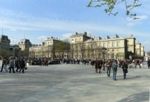 File P1090439 Paris Iv Place Jean-paul Ii Tel Dieu Rwk