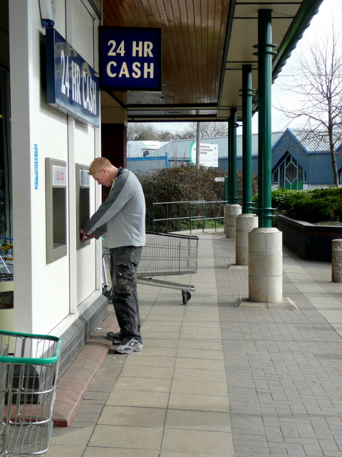 Cash Point 2011 : point, File:Cash, Point,, Morrison's,, Ross-on-Wye, Geograph.org.uk, 1204032.jpg, Wikimedia, Commons