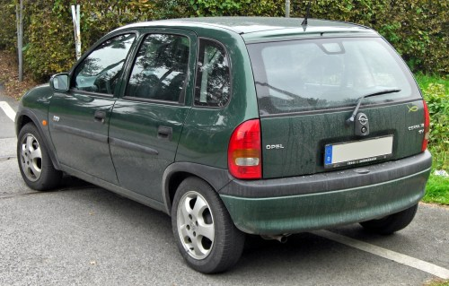small resolution of file opel corsa b 1 2 16v edition 2000 5 t rer facelift rear jpg