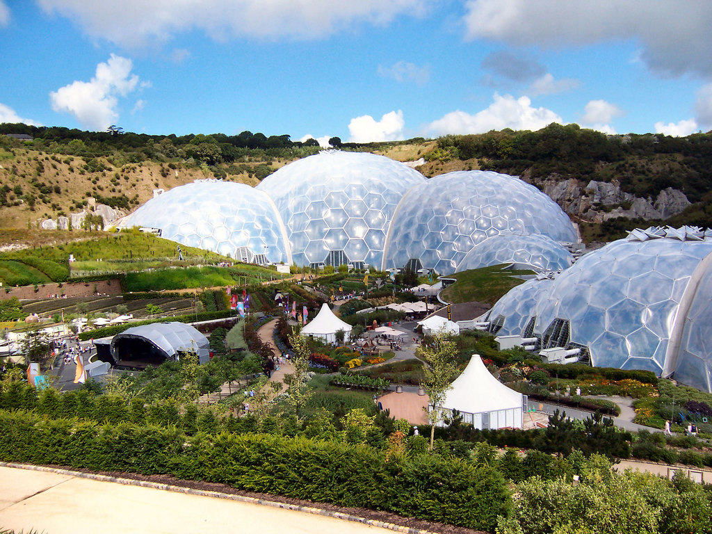 File Eden Project Gardens And Humid Tropical Biome