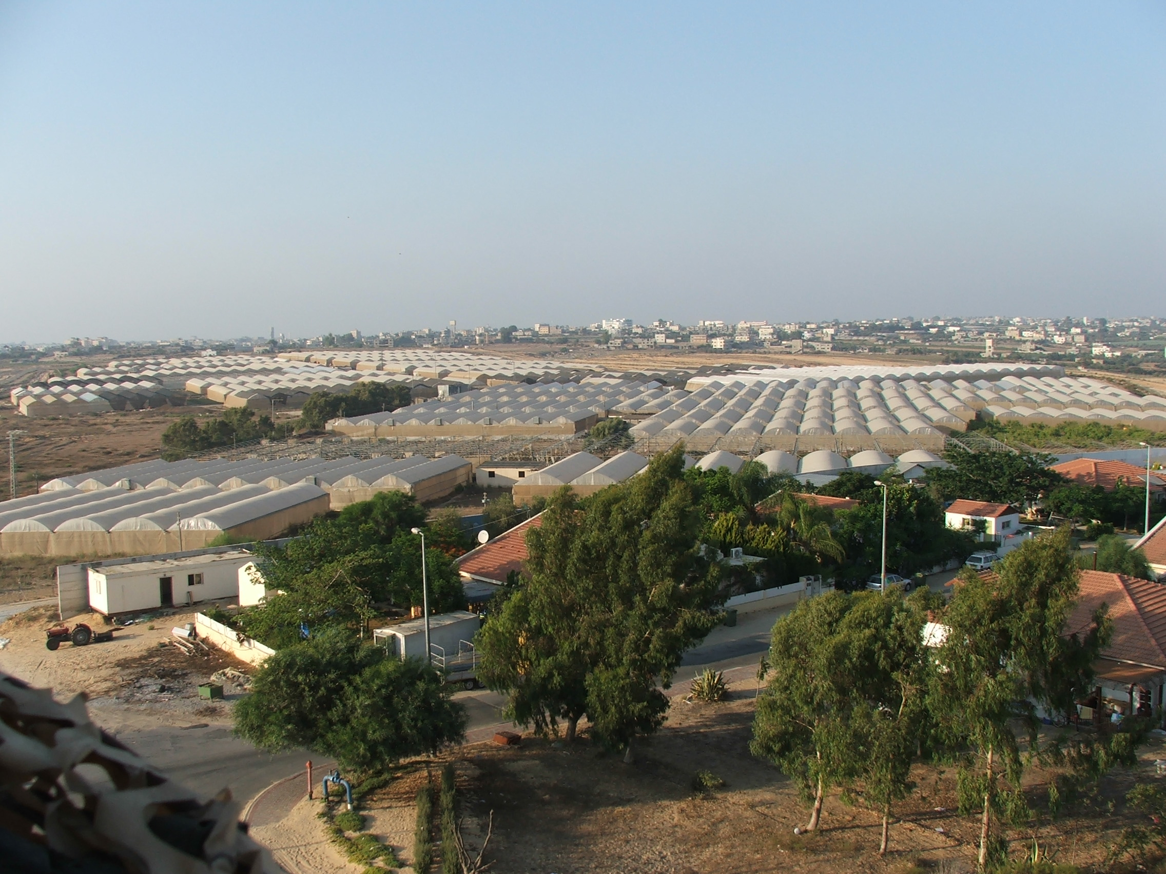 Israeli farming community in Gaza before the pull-out.