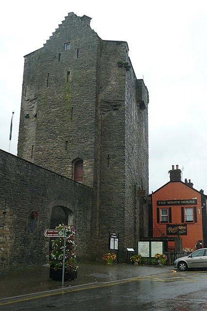 Roscrea Castle  Wikipedia