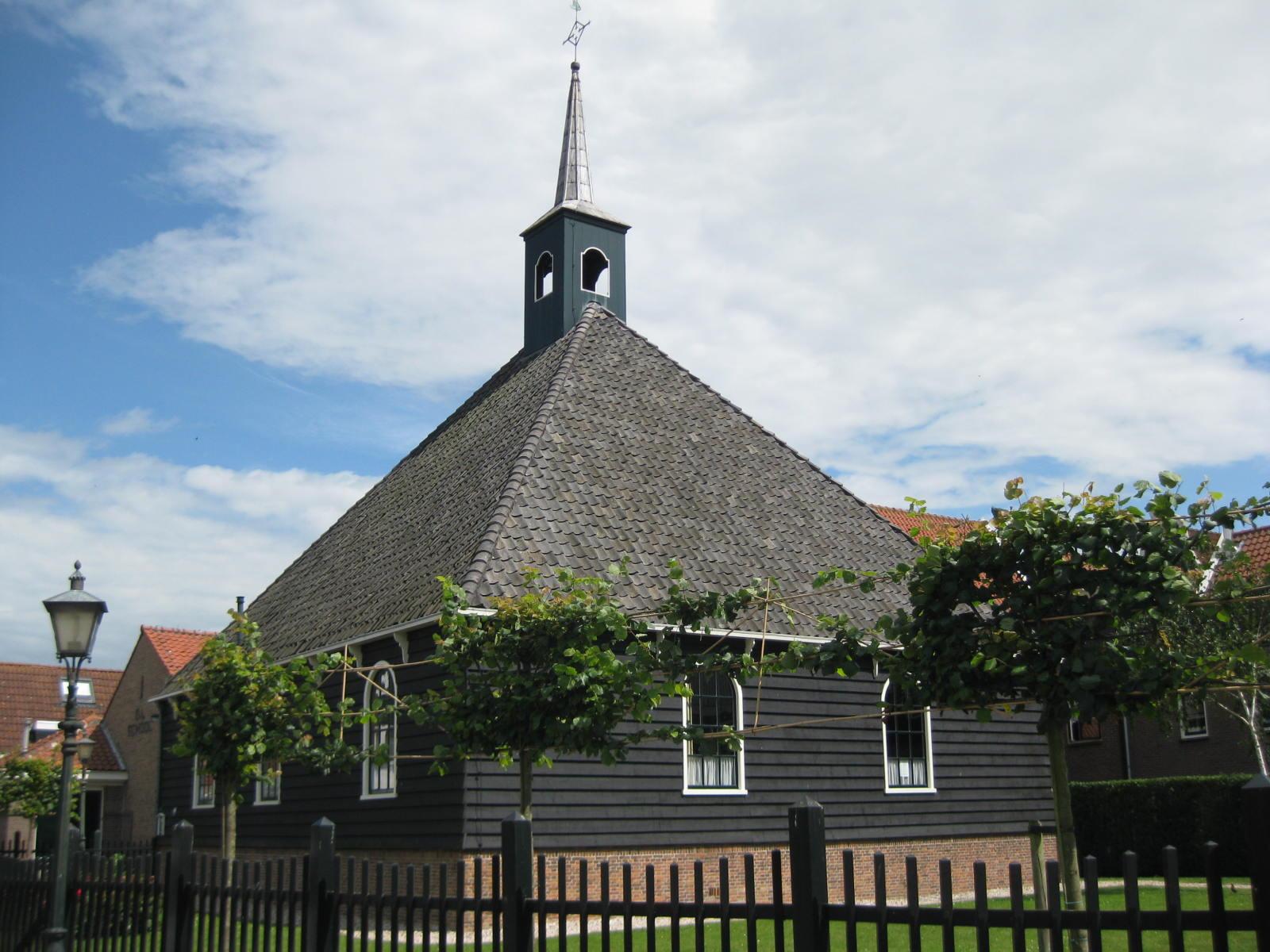 Oudste stolpkerk in Volendam