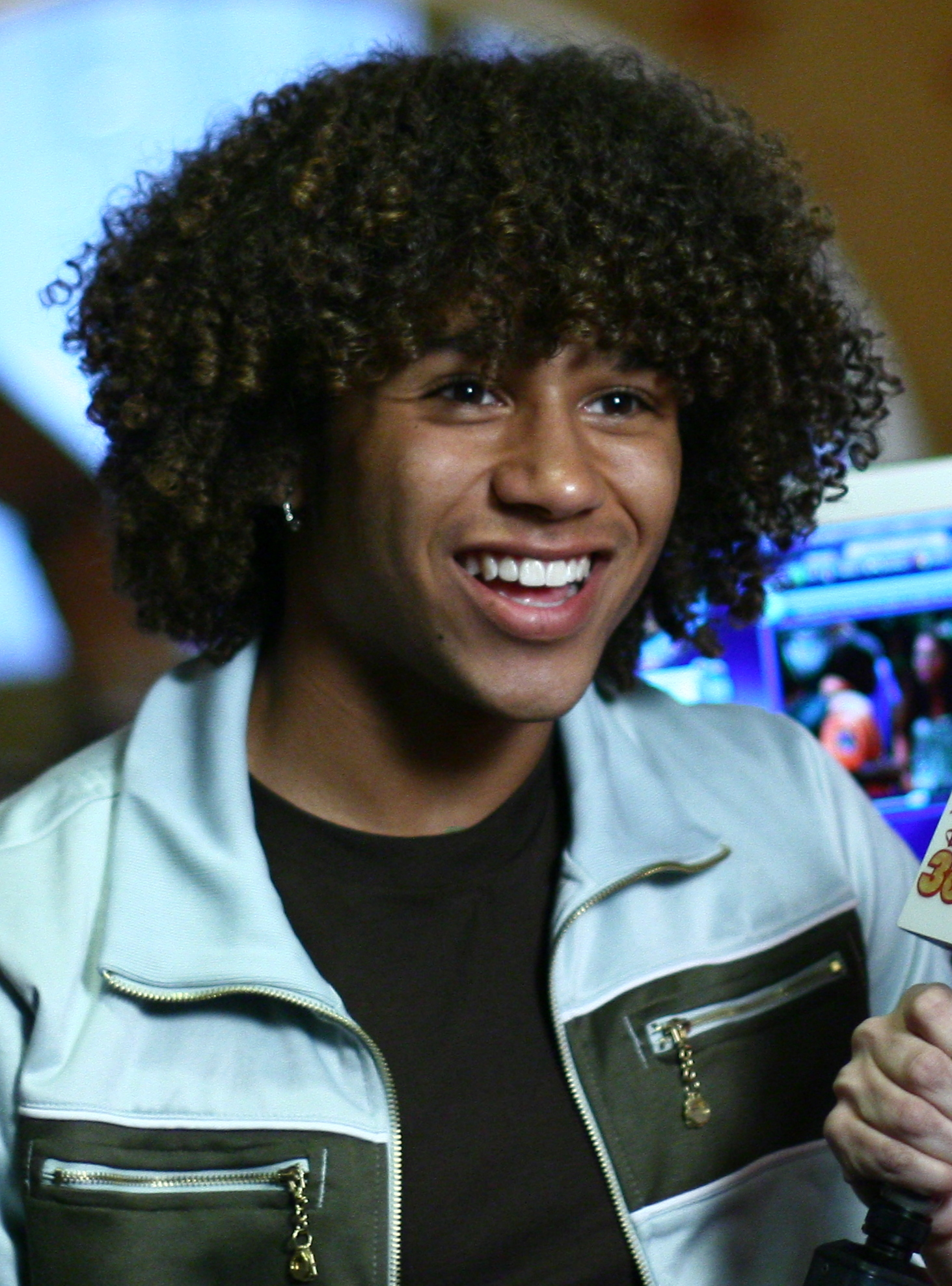 FileCorbin Bleu 4 Croppedjpg Wikimedia Commons