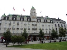 File Grand Hotel Oslo - Wikimedia Commons