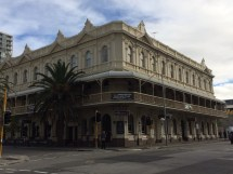 File Melbourne Hotel Frontage - Wikipedia